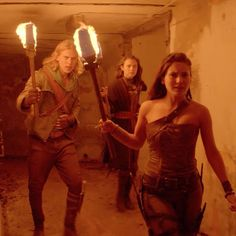 Eretria, Wil, and Amberle - check E.-3 knives, W. lower left 'boot' knife, A. length of drape