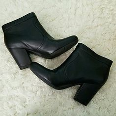 Cute ankle booties Easy Spirit Niven Black ankle booties. Gently worn. 2.5 inch heel. Size 8. Small scuff on left toe can easily be covered up. Cute gold zipper on outside. Velcro closure. Easy Spirit Shoes Ankle Boots & Booties