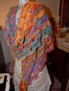 Cores envolventes.. xaile em croché de algodão de Mary Beth Studio