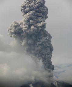 El rugido volcánico del Sinabung