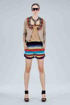 AfroCcentric Fashion Blogs: Give tribal fashion a big nod this season