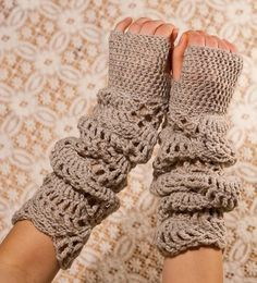 CROCHET PATTERN - Sand Light Gloves - long lace dusty beige hand warmers PDF-great for those cold bldgs so many work | http://homedesigncollections.blogspot.com