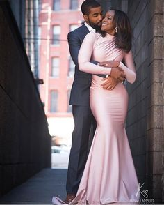 The Nigerian wedding page is dedicated to the style & class obsessed bride out there, offering fun & fantastic wedding ideas & inspirations on the latest wedding trends, DIY and more 💏💑👰💍💎💐🎂👫💄💇😘😍👌! Mode Purple, Wedding Poses, Wedding Dresses, Wedding Hijab, Wedding Ideas, Black Love Couples, Nigerian Weddings, African Weddings, Black Bride