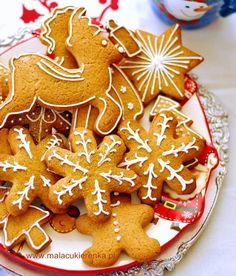 Christmas Sweets, Christmas Cooking, Christmas Decorations, Christmas Diy, Snack Recipes, Snacks, Holidays And Events, Gingerbread Cookies, Baked Goods