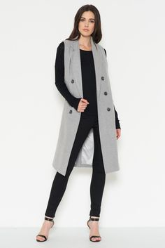 International Women's Day is in a month: Casual attire ideas for the business ladies %%page%% - Architecture E-zine Casual Attire For Women, Business Casual Attire, Womens Fashion Casual Summer, Casual Outfits, Fashion Outfits, Vest Outfits, Fashion Shoes, Sleeveless Trench Coat, Maxi Coat