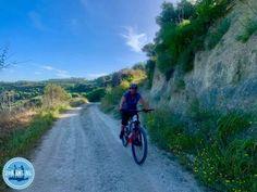 offroad-binnenland-kreta Fat Bike, Crete Greece, Bicycle, Country Roads, Mtb, Holiday, Cycling, Vacations, Biking