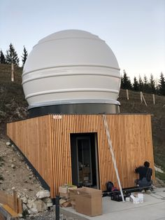 What can possibly go wrong when a strong wind hits the dome. Well a lot! What exactly you can find out here: Strong Wind, Under Construction, Telescope, Outdoor Decor