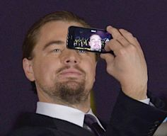 Leonardo Dicaprio Funny, Leonardo Dicapro, Funny Profile Pictures, Camila Morrone, Cute Actors, Romeo And Juliet, Mood Pics, Brad Pitt, Matt Damon