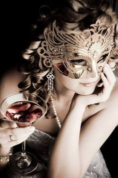 ♥•♥•♥ I love a mask and a Cosmo.........