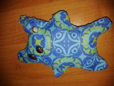 Kleine vriend uit naai-atelier voor kinderen (7 jaar) knuffel naaien Backrest Pillow, Dinosaur Stuffed Animal, Easy Diy, Pillows, Toys, Mini, Animals, Atelier, Activity Toys