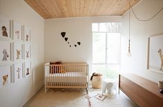 Tips On Creating A Happy Modern Nursery The Animal Print Shop by Sharon Montrose Sort of the idea I already had in my head for a nursery. I like the Woodland Creatures-feel of it Minimalist Nursery, Nursery Modern, Nursery Neutral, Modern Room, Modern Nurseries, Neutral Rug, Natural Nursery, Natural Baby, Neutral Tones