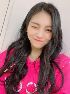 Kpop Girl Groups, Korean Girl Groups, Kpop Girls, Gfriend Profile, Kim Ye Won, Jung Eun Bi, Entertainment, G Friend, South Korean Girls
