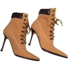 Pre-owned Manolo Blahnik Nubuck Oklamod (manolo Timbs) Tan/nubuck... ($402) ❤ liked on Polyvore featuring shoes, boots, ankle booties, lace up booties, tan boots, ankle boots, chukka boots and lace up bootie