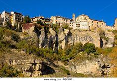 Hoz del Huecar y Casas Colgadas de Cuenca Patrimonio Mundial de Castilla La Mancha España - Imagen de archivo
