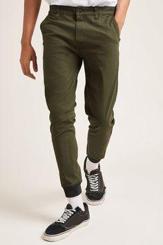 FOREVER 21 Contrast-Trim Woven Joggers. #clothestobuy #mensstyle #urbanstyle #fresh