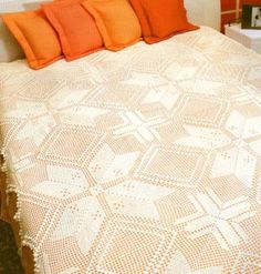lovely bedspread but i would die before i ever finished making this