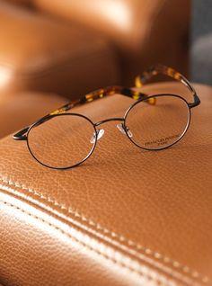 53 Best umas lupa irada images in 2019   Sunglasses, Men eyeglasses ... bd1eacbe2f