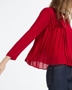 Image 3 of FINE PLEATED BLOUSE from Zara