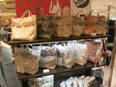 2013年10月2日~8日 大阪 難波高島屋にて、フェルメールの商品が展示販売されました ***フェルメール パッサマネリア ~京都 下鴨のタッセル専門店~ http://blog.livedoor.jp/passamaneriavermeer/
