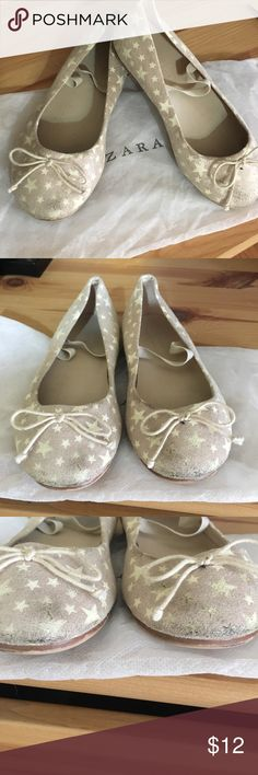 Zara ballerina flats They have some usage as shown in the pictures but still lots of life to them, size 27 (9.5) they glow in the dark (fluorescent, my daughter loved them) Zara Shoes Dress Shoes