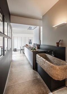 piani cucina in marmo bianco carrara con lavelli scavati dal ... - Gres Porcellanato Cucina Moderna