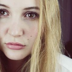 Laura Hohmann Face Closeup