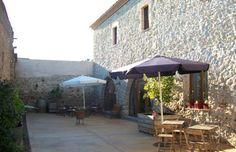 Mas Ramades, a Torroella de Montgrí.  Baix Empordà, província Girona.  http://turismerural.com/ca/fotos-casa-rural/mas-ramades/