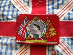 Vintage Tin Box Queen Elizabeth Coronation 1953