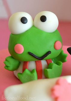 Keroppi - birthday cake decoration