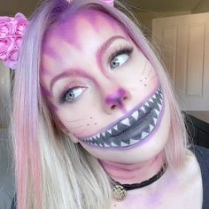 Makeup Tip Tuesday - Cheshire Cat Cat Halloween Makeup, Amazing Halloween Makeup, Halloween Eyes, Halloween Makeup Looks, Cheshire Cat Halloween Costume, Cheshire Cat Cosplay, Harley Quinn Halloween, Cheshire Cat Makeup, Chesire Cat