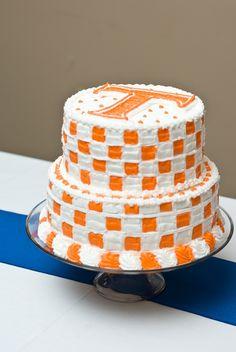 ThanksTennessee Vols Football Groomsmen Cake #Wedding awesome pin