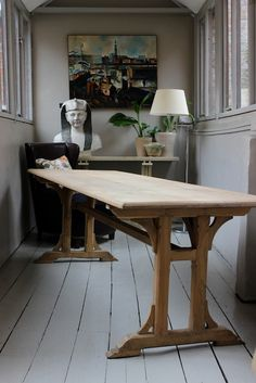 Wonderful A Late 19th / Early 20th Century French Bleached Walnut Table Of Simple,  Yet Elegant