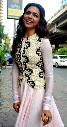 Deepika Padukone Plain Anarkali with Embroidered Jacket,off white anarkali suit,floor length anarkali suit,daily wear anarkali suit Indian Celebrities, Bollywood Celebrities, Bollywood Fashion, Bollywood Stars, Bollywood Actress, Hijab Fashion, Indian Attire, Indian Wear, Indian Outfits