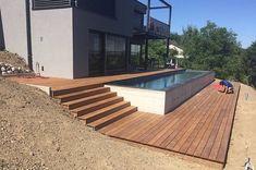 xTerrasse-en-bois-avec-entourage-piscine-et-escalier-1.jpg.pagespeed.ic.QrCRtvbpOp.jpg 1 200 × 797 pixels