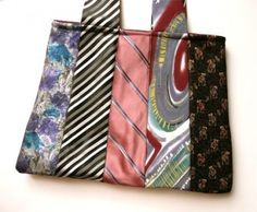 Crafts From Old Ties - Bing images Mens Ties Crafts, Tie Crafts, Fabric Crafts, Sewing Crafts, Necktie Purse, Necktie Quilt, Craft Projects, Sewing Projects, Old Ties