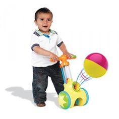 Get your child up, walking and on the move with the Pic 'n Pop! This great toy lets children launch balls from the chute with the click of the button and then roll over the ball to magically pick it up.