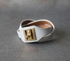 Equestrian Buckle Ornament Leather Bracelet(WHITE)
