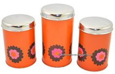 """Set vintage Brabantia tins from the seventies """"Patrice"""" Brabania tins 'Patrice'.   Lovely set of three vintage Brabantia tins with the famous flower patern known as 'Patrice'. This set is in a fine vintage condition with some traces of use. This set contains two small and one large tin.    see: http://www.retro-en-design.co.uk/a-44877838/tins/set-vintage-brabantia-tins-from-the-seventies-patrice/"""