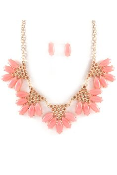 Pretty pink necklace and studs