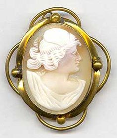 VICTORIAN CAMEO, C.1890  Photo courtesy of Sunday and Sunday Fine Antique Jewelry