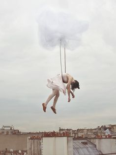 Photographer, Maia Flore, has quite an imagination. Or very vivid dreams. Aren't her Sleep Elevations fantastic? {Images via Life According To Celia by Maia Flore} Surrealism Photography, Conceptual Photography, Art Photography, Experimental Photography, Exposure Photography, Foto Fantasy, 6 Photos, Pictures, Mystique