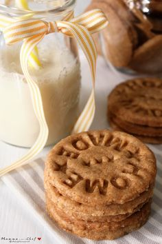 I Digestive sono tipici biscotti inglesi di farina integrale. Famosi e apprezzati in tutto il mondo, sono ideali come base per la cheesecake.