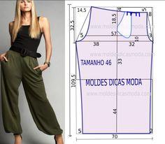 proposta de hoje recaiu sobre este molde de calça estilo chino feminina no tamanho 46 (tabela Portuguesa) e 48 (tabela Brasileira).