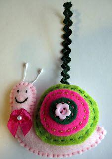 These are the custom order felt decorations I have done. Felt Christmas Ornaments, Christmas Crafts, Felt Advent Calendar, Crochet Bookmarks, Small Sewing Projects, Felt Decorations, Felt Hearts, Felt Toys, Felt Animals