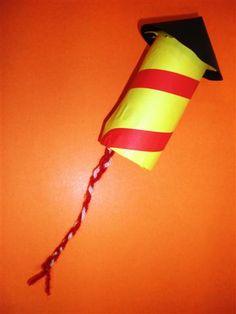 Vuurpijl knutselen Fireworks Craft For Kids, 4th Of July Fireworks, Craft Stick Crafts, Wood Crafts, Crafts For Kids, Firework Painting, Easy Art Projects, Craft Free, Toilet Paper Roll