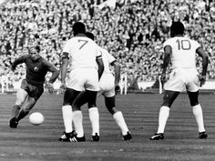 1968 European Cup Final ~ Benfica vs Manchester United (46 minutes HL)