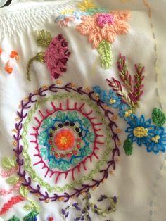 Embroidery bordado brasileiro                                                                                                                                                     Mais