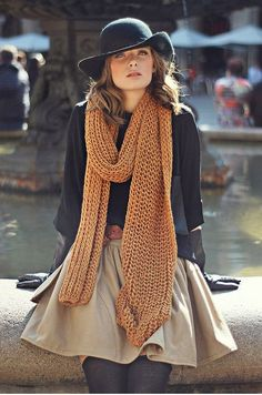 This outfit would work perfectly with our dark yellow infinity scarf!