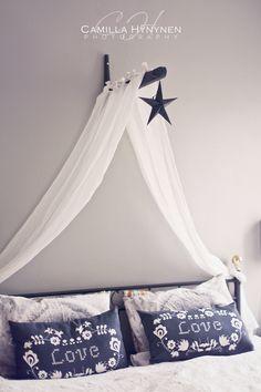 I Lilla Kamomillas Villa: Sänghimmel DIY | diy canopy with star