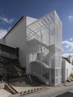 Tapestry Museum by CVDB Arquitectos - News - Frameweb